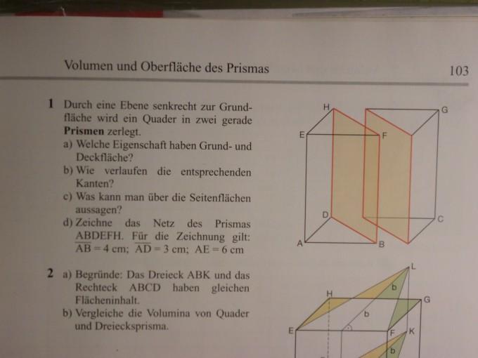 Raumgeometrie -Volumen und Oberfläche des Prismas   Mathelounge