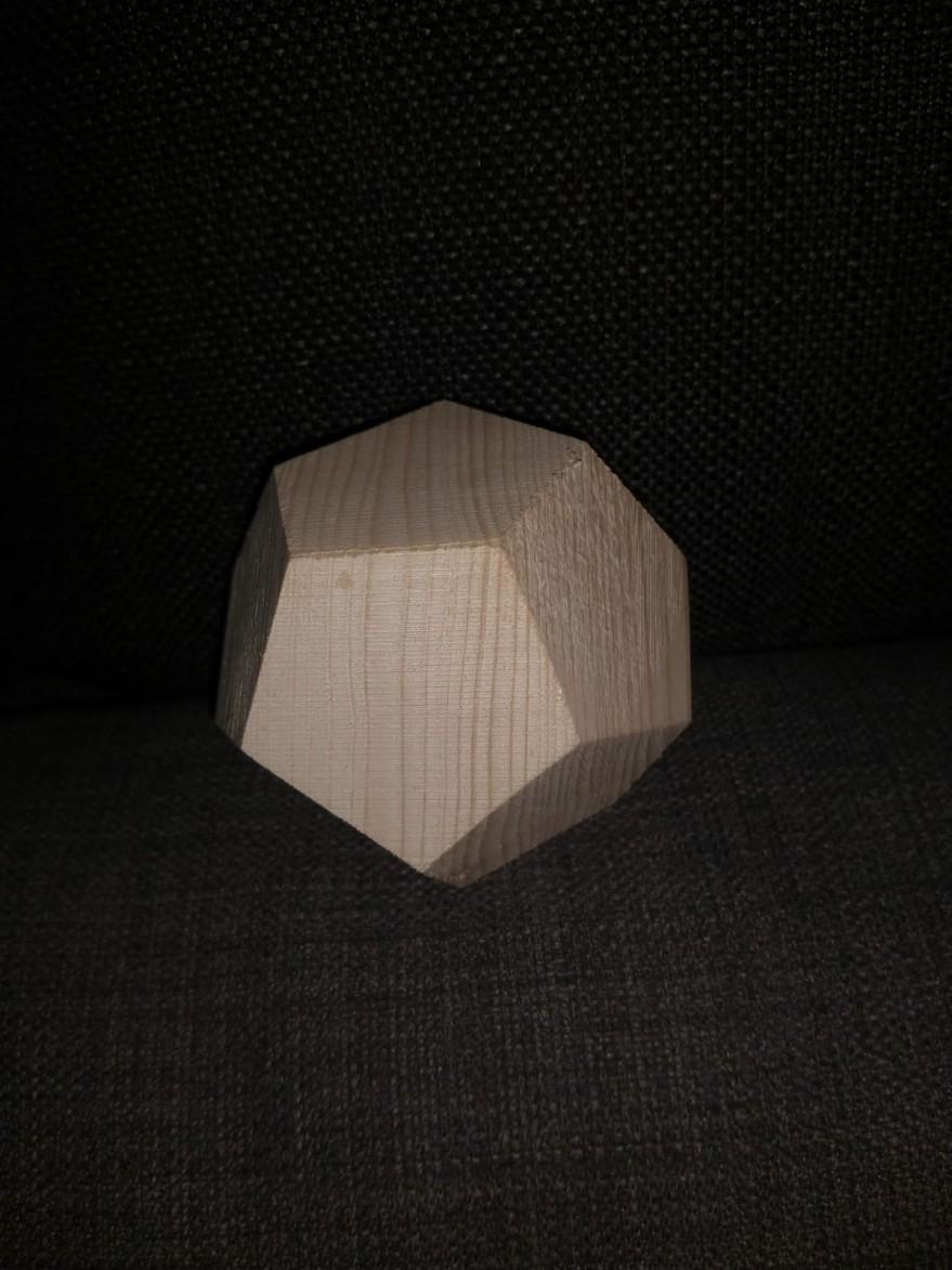 vollholzdodecaeder1.jpg